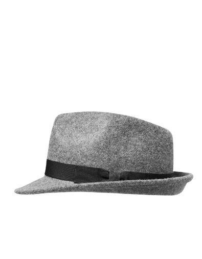 43f87c66b9fc2 ACCESSORIES  el sombrero es el toque final al look. SOMBRERO FIELTRO CINTA  - Gorras