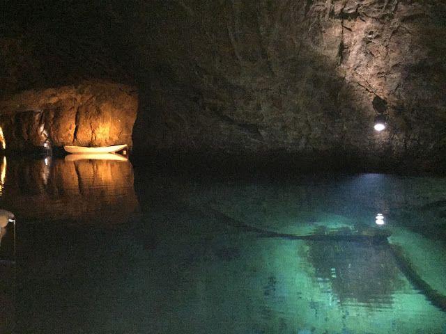 Euroopan suurin maanalainen luonnonjärvi...