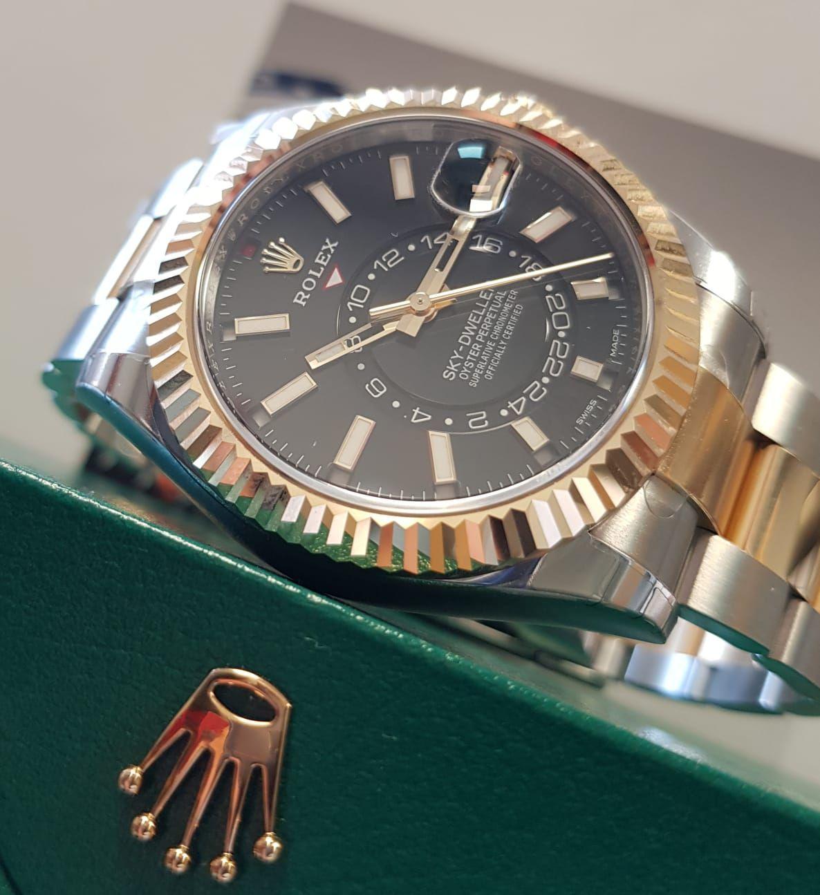Rolex Sky,Dweller Steel \u0026 Yellow Gold Black Dial 326933