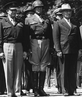 General Dwight Eisenhower (left) with General George Patton and President Truman, 1945