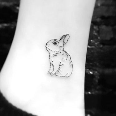 45 Cute Fine Line Tattoo Ideas Rabbit Tattoos Toe Tattoos Bunny Tattoo Small