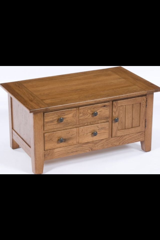 Broyhill Attic Heirlooms Coffee Table In Natural Oak Stain Home Furniture Heirloom Furniture Furniture