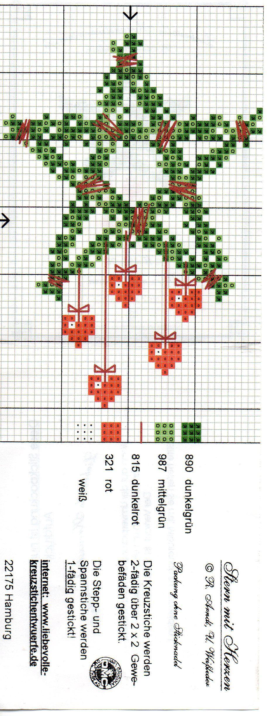 X Stitch Christmas Star Wreath