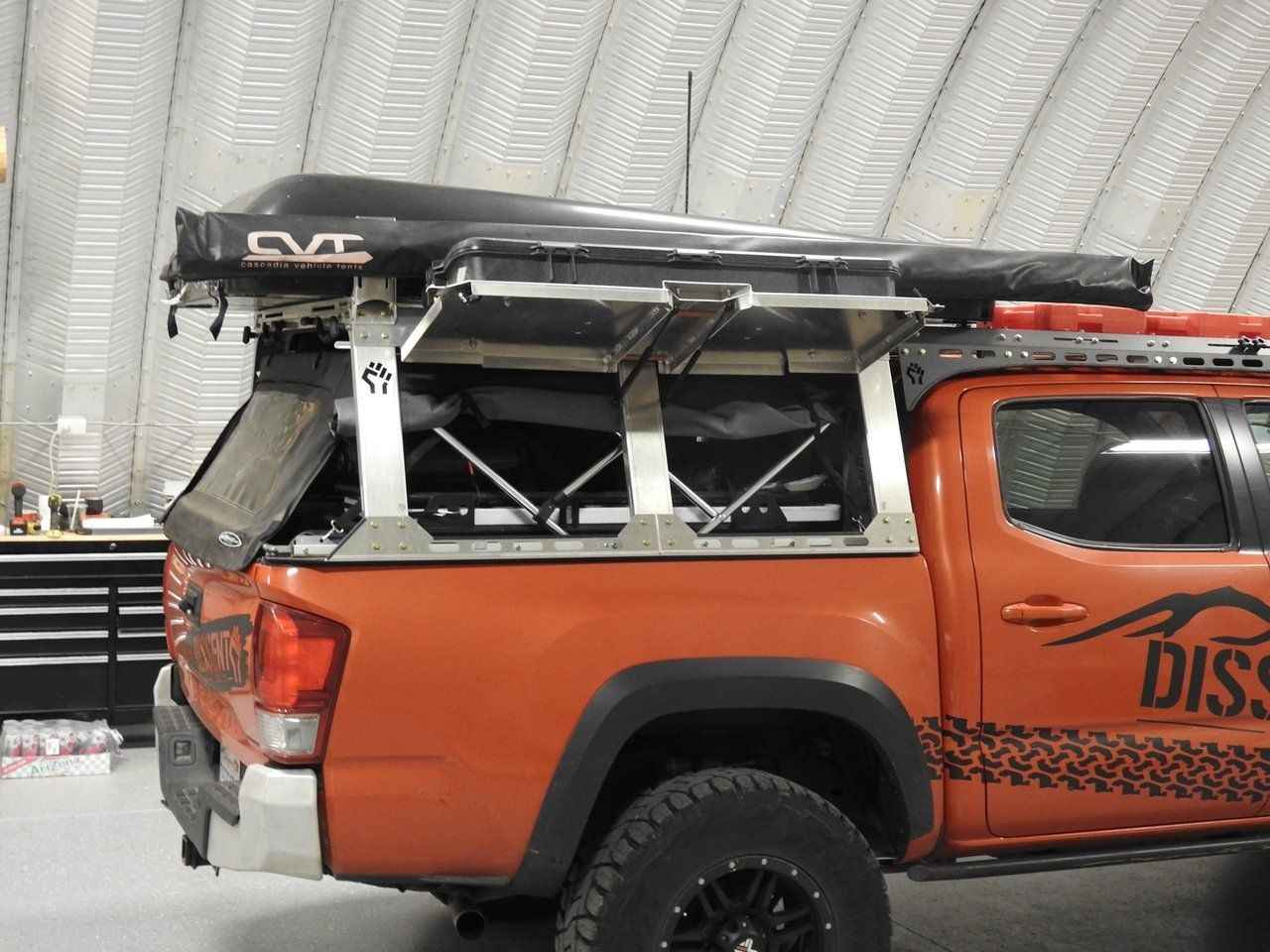 truck back rack with tonneau cover