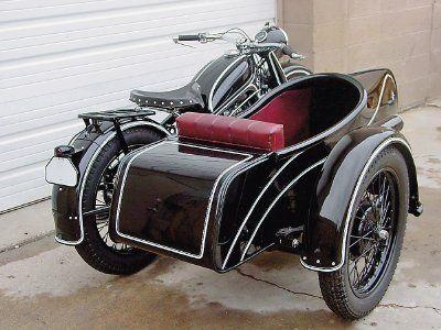 Biciclo con sidecar.