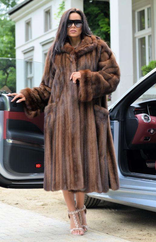 2017 Royal Vison Russe sable manteau fourrure capuche classe de longue veste Chinchilla Fox