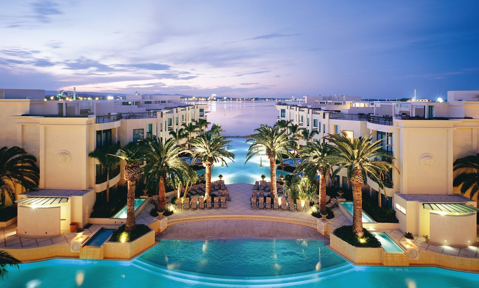 The palazzo versace is owned by we 39 ll give you one guess for Versace pool design