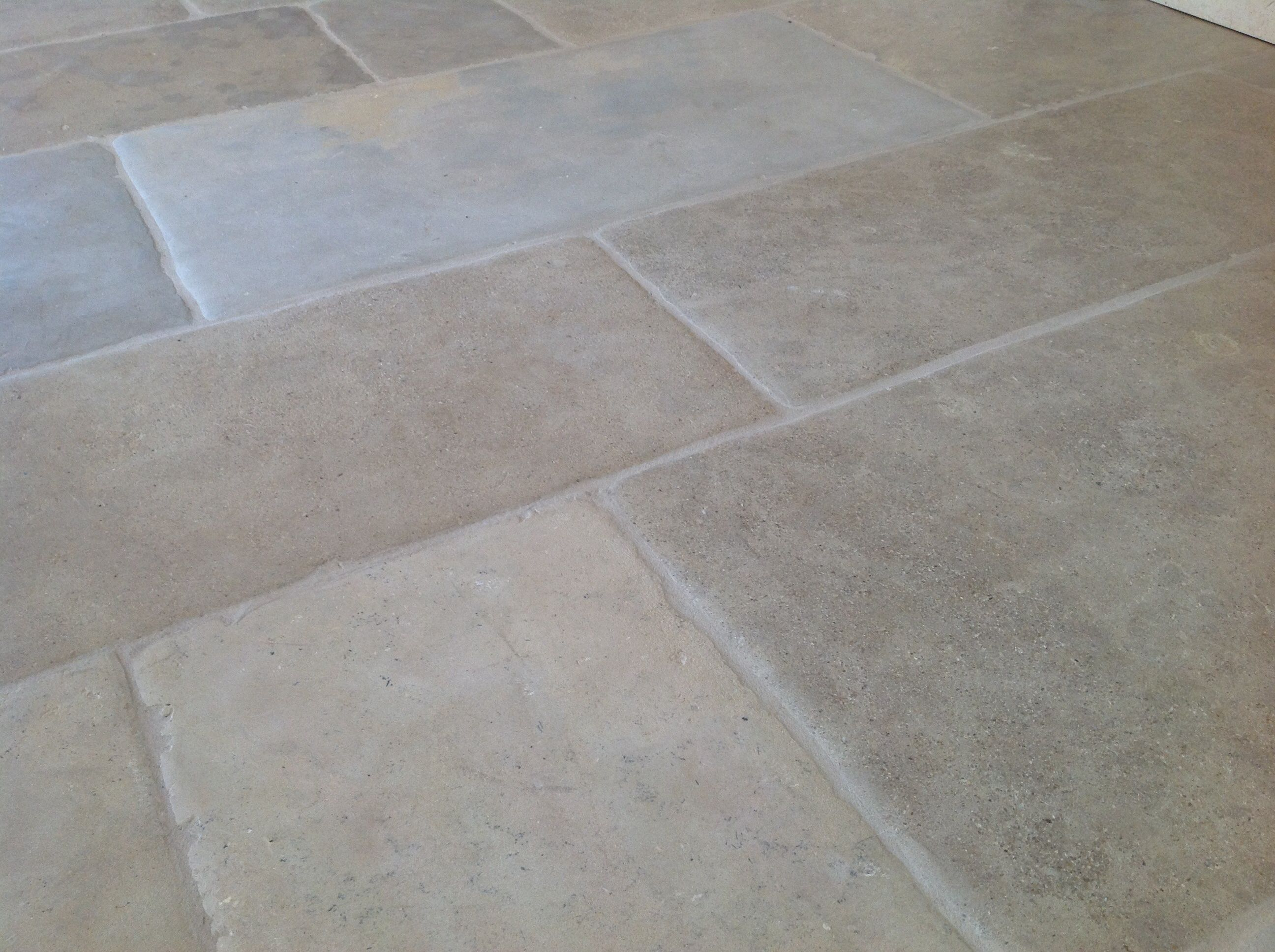 Montpellier stone flooring httpnaturalstoneconsulting natural stone consulting are specialist producers and suppliers of exquisite stone flooring wall tiles flagstones and outdoor paving dailygadgetfo Images