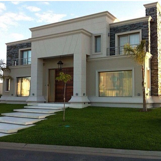 Casas en doble altura primero se dise a la caja en doble for Fachadas de casas modernas en italia