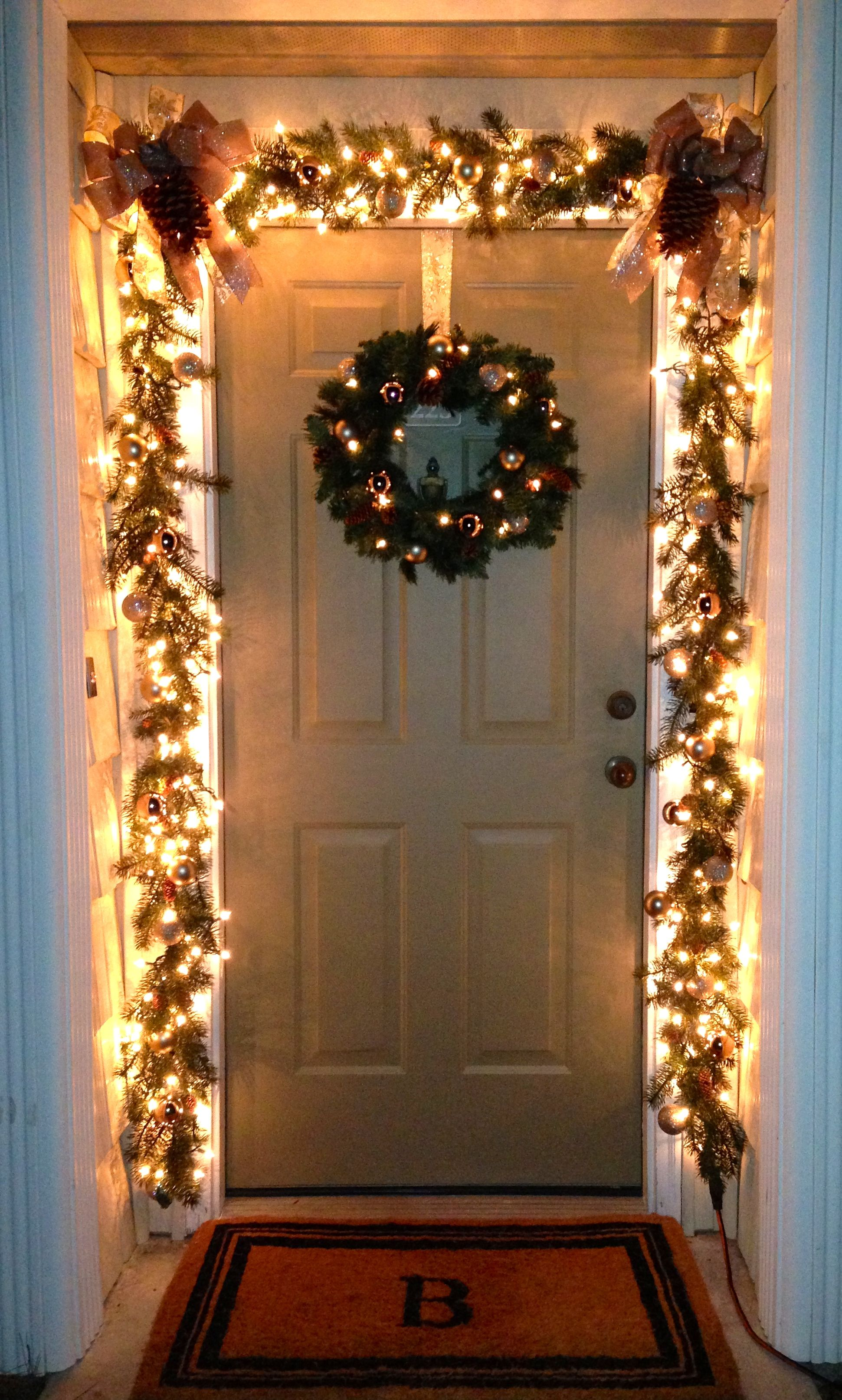 Our front door porch Christmas decorations this year beautiful