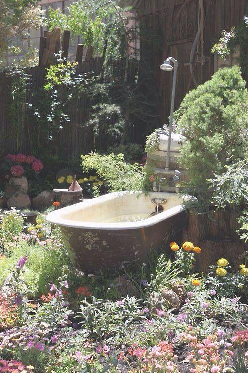 Beautiful outdoor bath