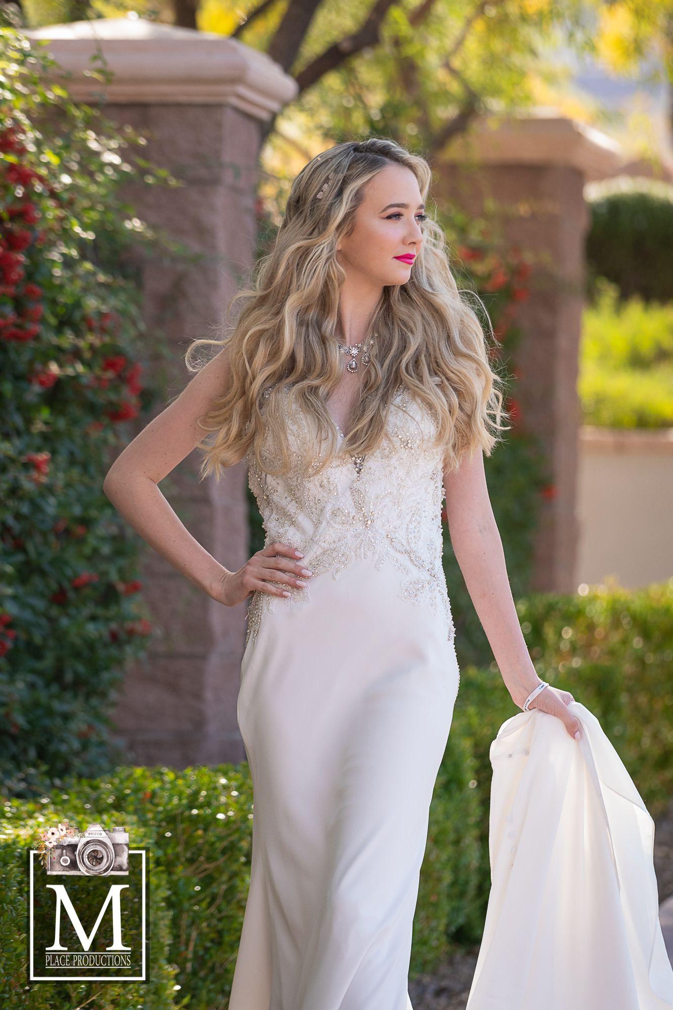 Summer Bridal Gown Las Vegas Weddings Wedding Dresses Bridal Gowns [ 2000 x 1334 Pixel ]