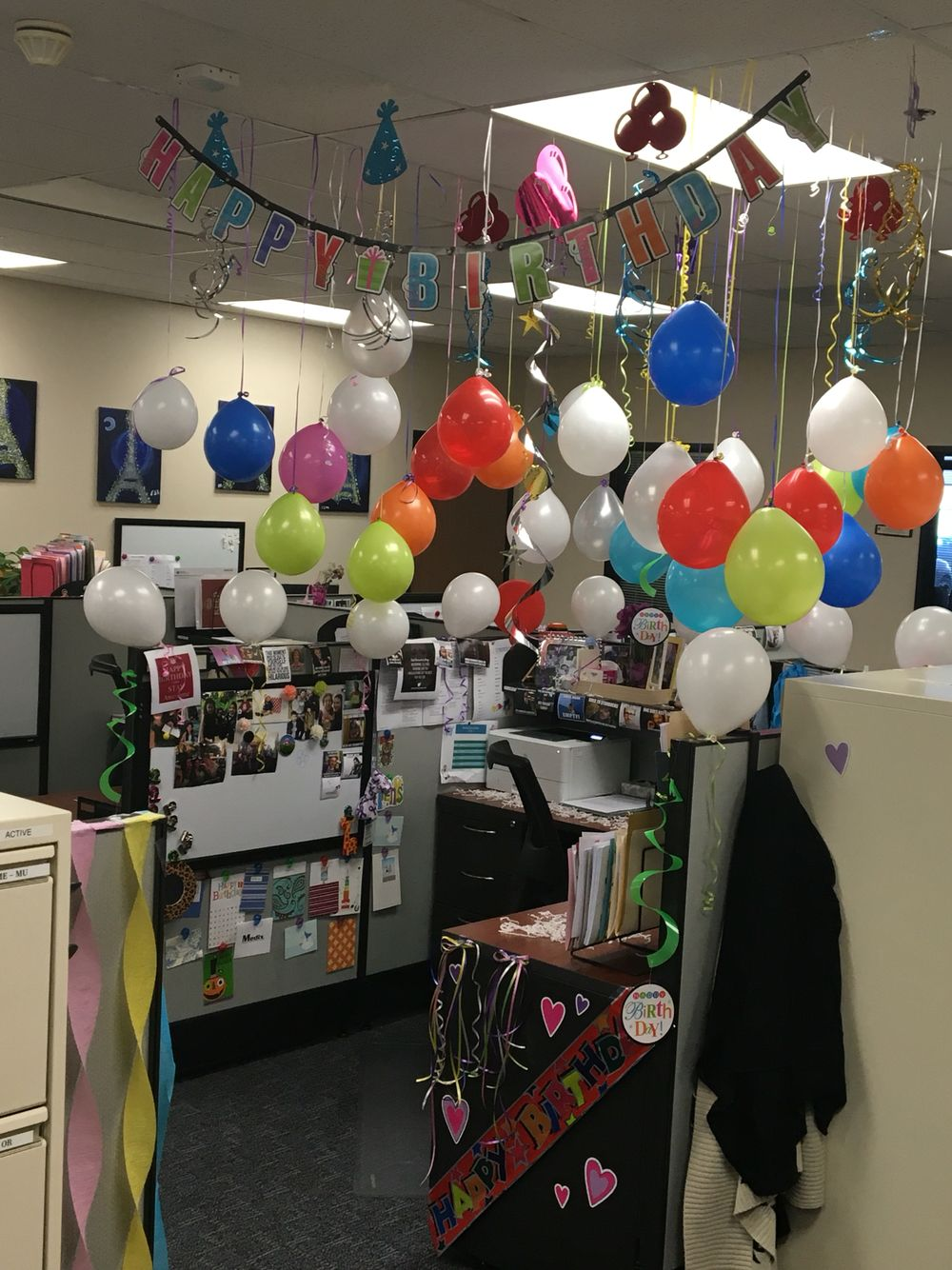 Cubicle birthday decoration work life events and for Office decoration pics