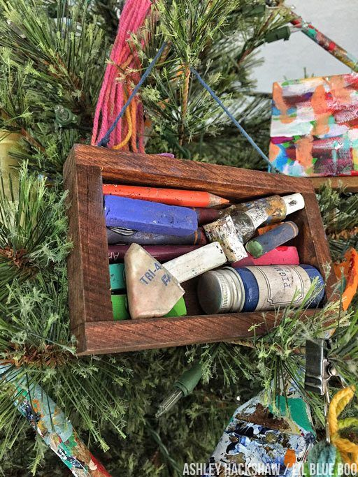 Vintage Art Supplies On A Christmas Tree Michaels Makers Dream Tree Challenge 2017 Ashley Hackshaw Lil Blue Boo Diy Christmas Tree Christmas Diy Vintage Art