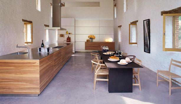 Bulthaup appelhout met rvs werblad modern design met de warmte van