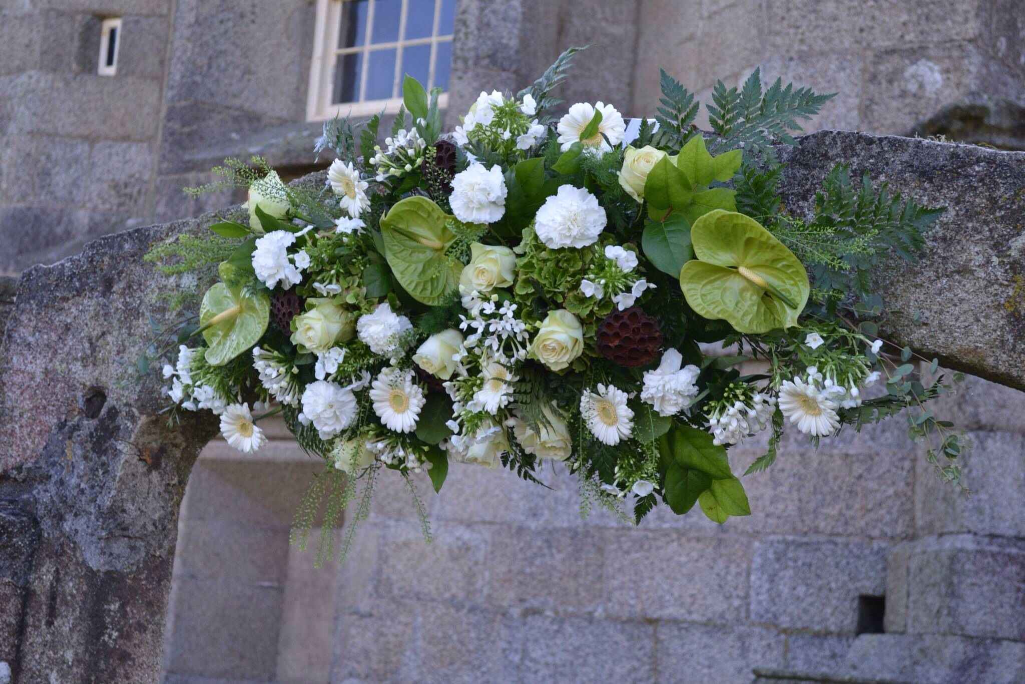 Green and white flower arch our castle wedding flowers pendennis green and white flower arch mightylinksfo