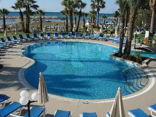 Nice france hotels on beach the best beaches in the world - Hotels in menton with swimming pool ...