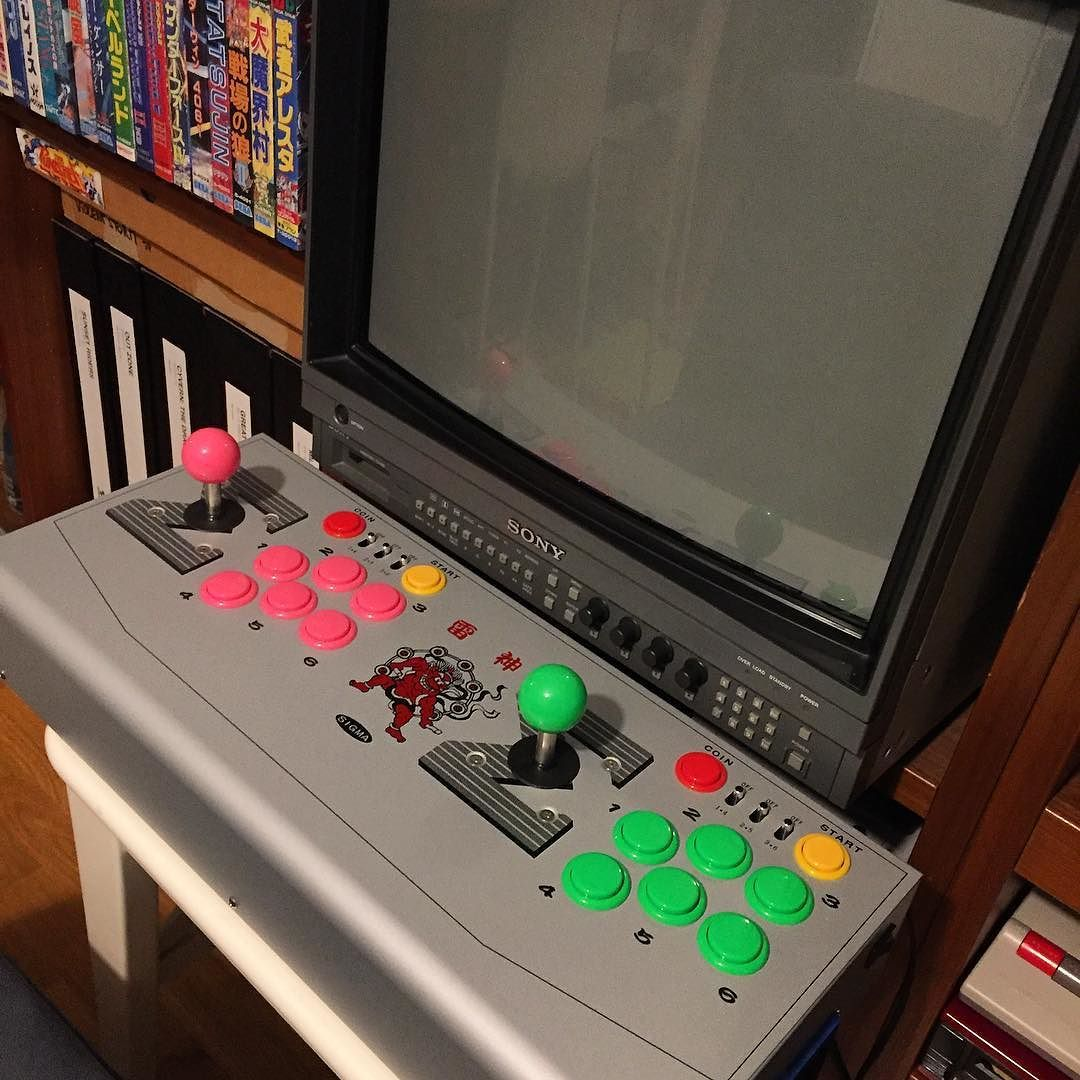 You'd like this one by neoretro75 #arcade #microhobbit (o) http://ift.tt/20LEN9u toy - Σ 雷神 #supergun