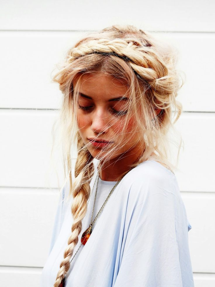 messy braids Coiffure, Cheveux coiffure et Coiffure tresse