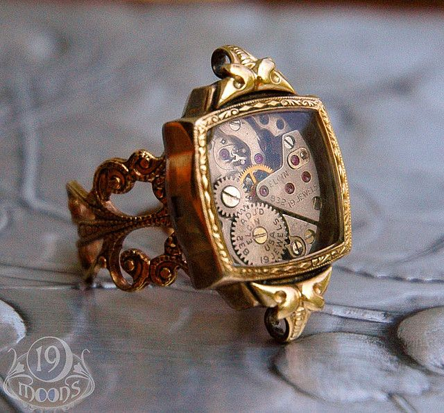 Is Steampunk Jewelry A Craft Or An Art: L'AGE D'OR SteamPunk Vintage Watch Ring By 19 Moons GOLD