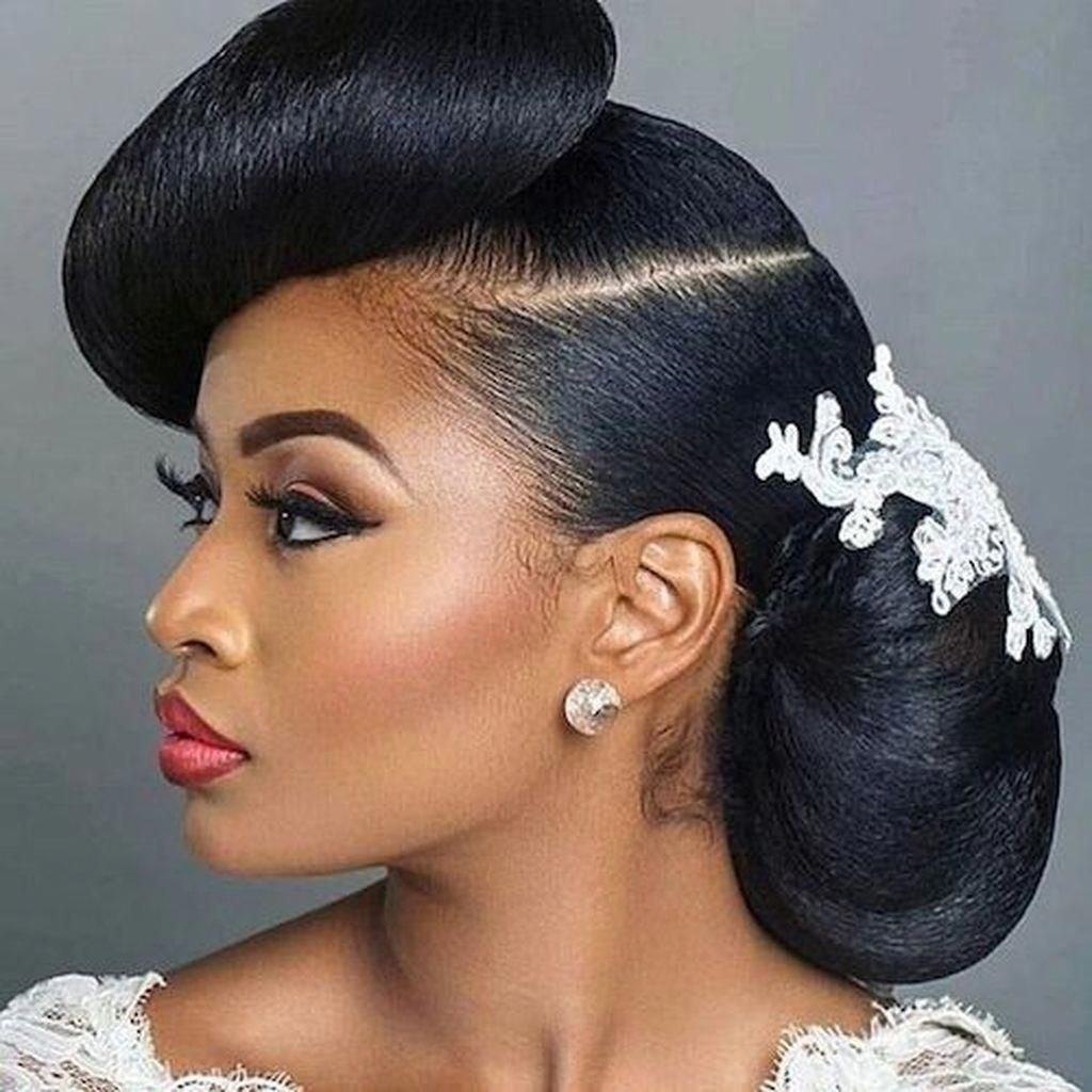 Fab natural hairstyles for women..