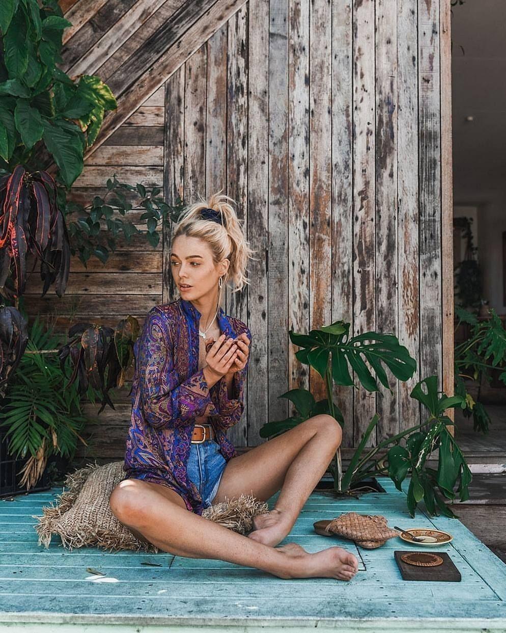 Pin Ian Kibble Barefoot Fashion In 2019 Boho