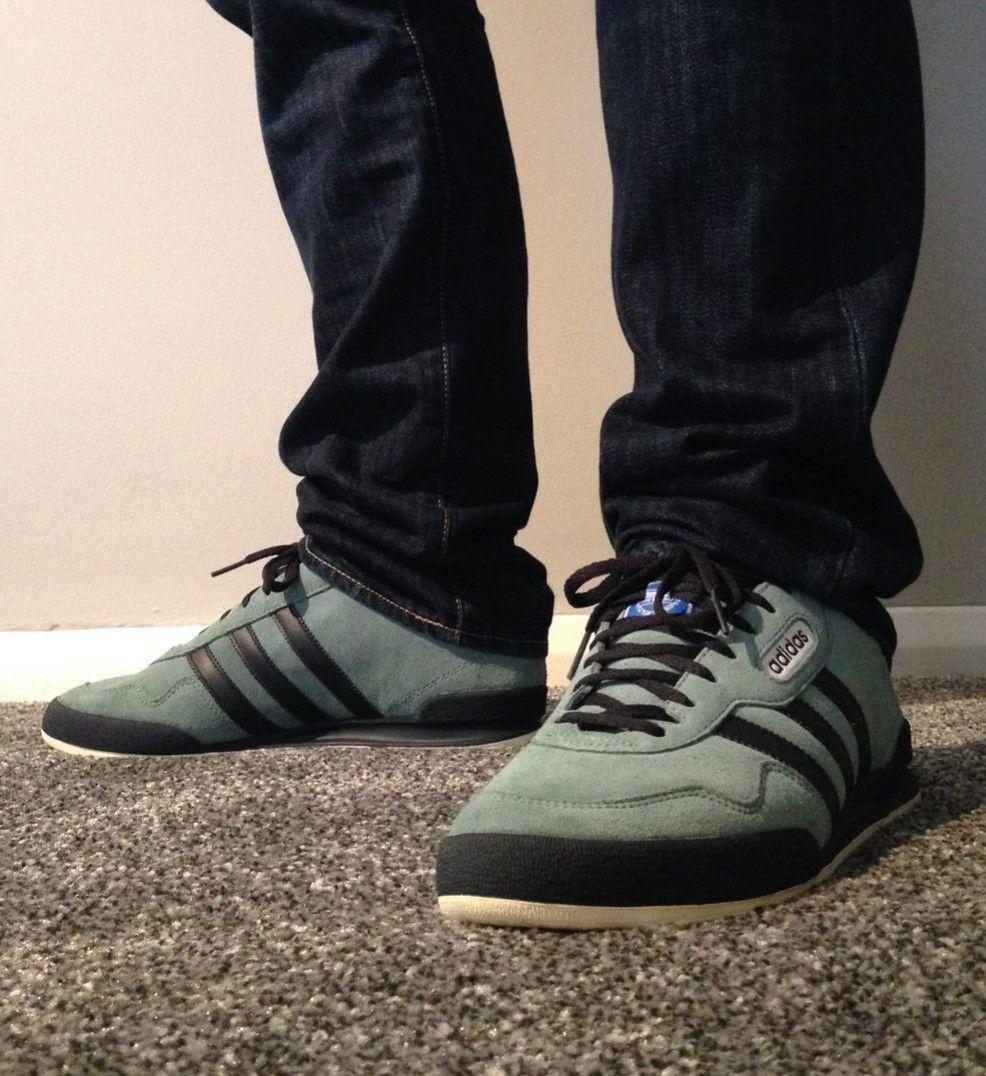cf10948bf6b5 Adidas Jeans on feet on the street