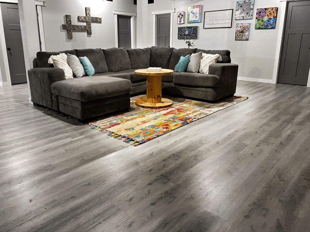 Diy Vinyl Flooring Install Select Surfaces Gray Vinyl Flooring Harbor Gray Rigid Core Vinyl Basement Flooring In 2020 Vinyl Flooring Floor Installation House Interior