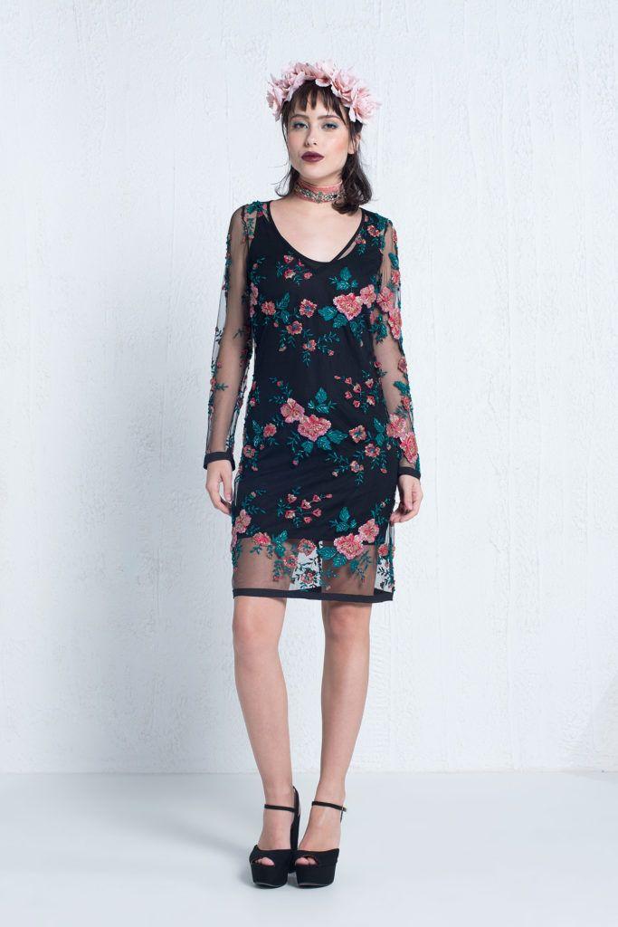 0a7295417 Dark Floral - Vestido curto em tule bordado com manga longa e forro  separado do vestido. Marca Uh Premium #glam #fashion #cool #ootd #cute  #style #trends # ...