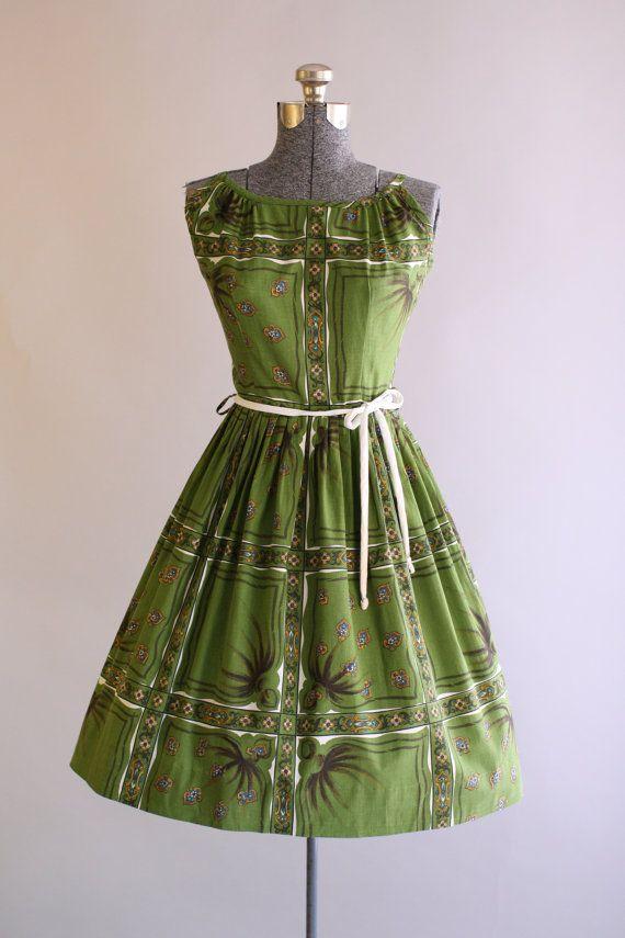 Vintage 1950s Dress / 50s Cotton Dress / MODE O DAY Green Floral Print Sun Dress…