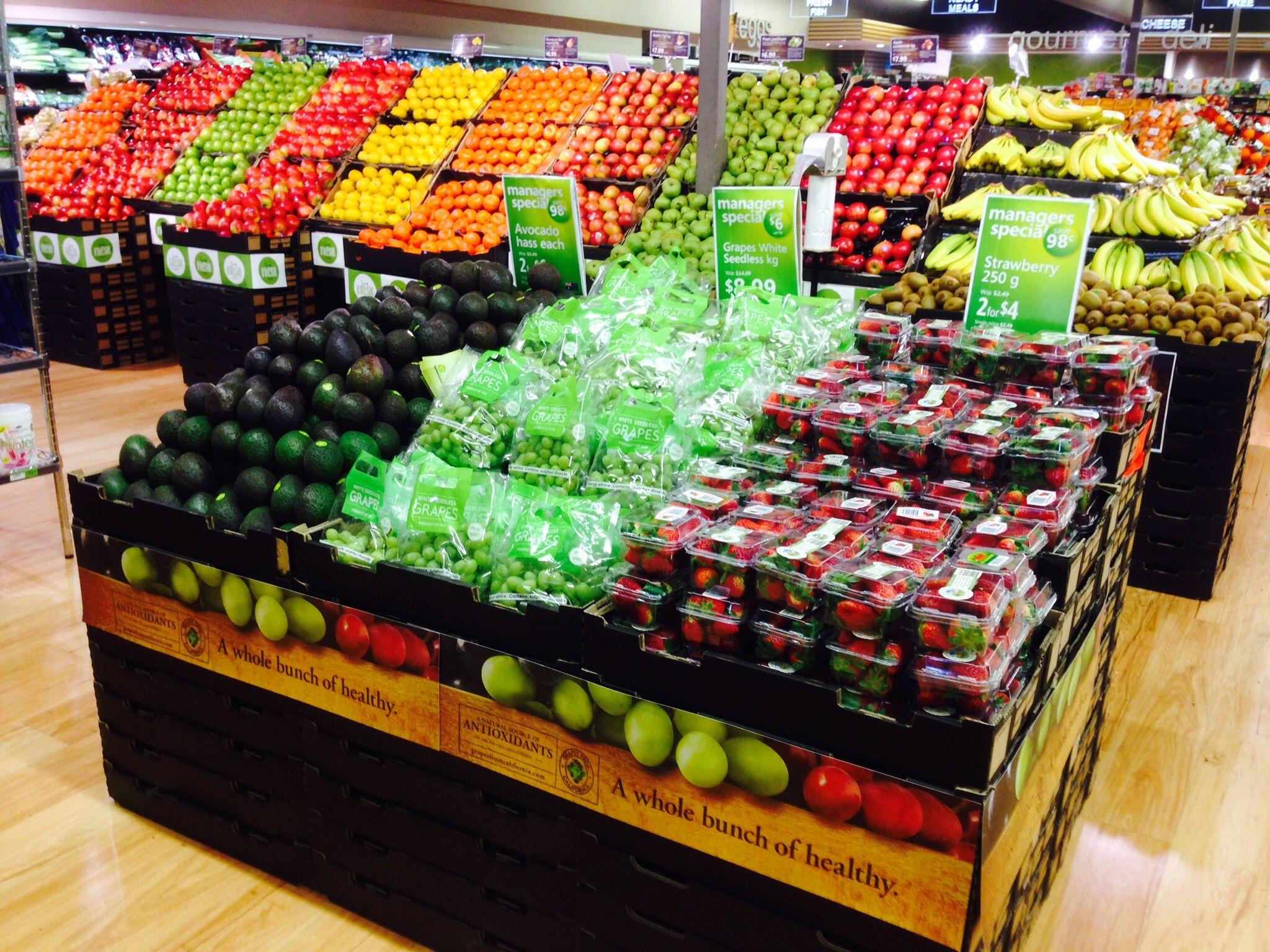 Pin De Frannie Kessinger Em Terra Design De Supermercado Frutas Expositores