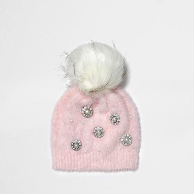 075201f3327 River Island Womens Light pink brooch faux fur bobble beanie hat ...