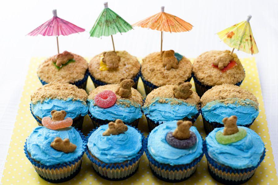 Beach Bear Cup Cakes