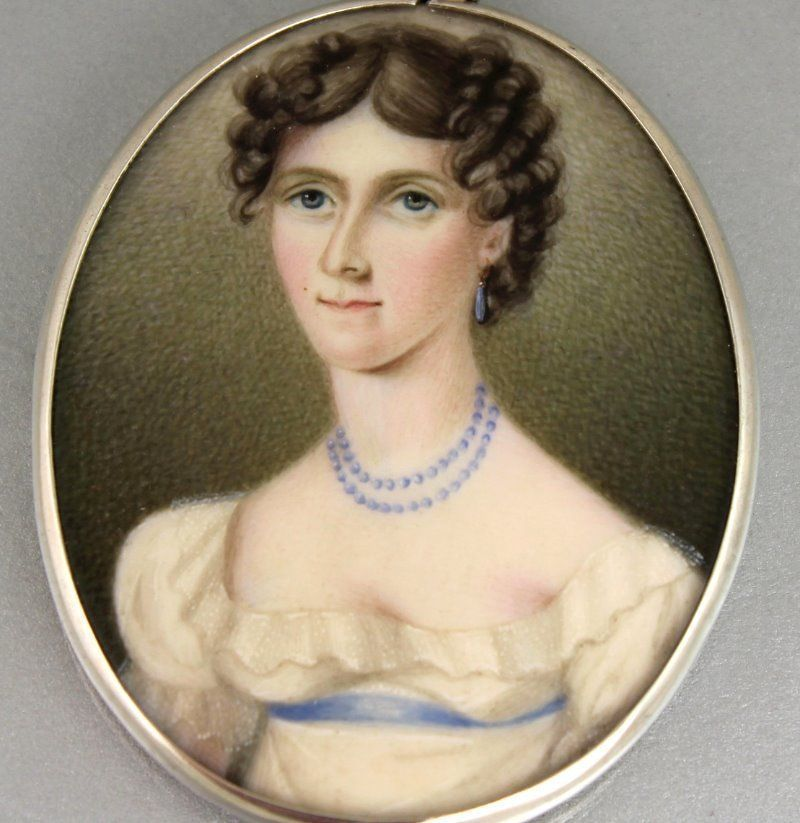 ANTIQUE  WELL PAINTED MINIATURE PORTRAIT OF LADY IN SILVER FRAME c 1800's #Miniature