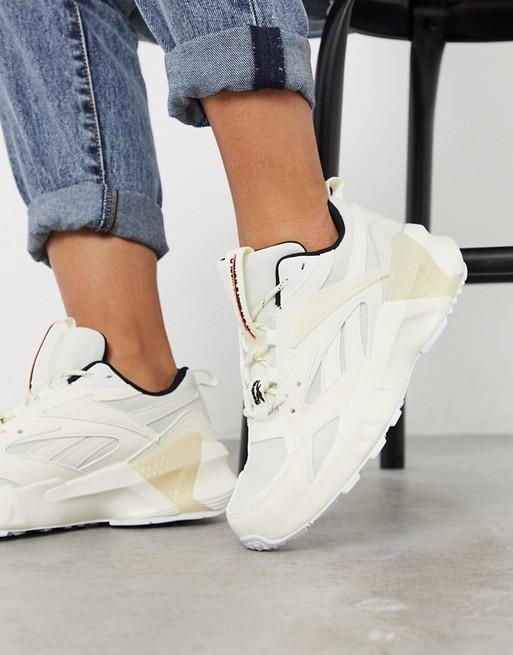 Reebok Aztrek Double sneaker in white