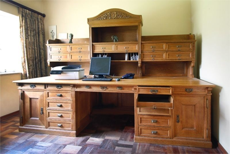 Unique Swiss Ceo Desk In Solid Oak This Is One Of A Kind Desk In 2 Pieces Bottom And Topthis Antique Desk 90 Years Old Is Solid Oak Desk Desk Sales Desk