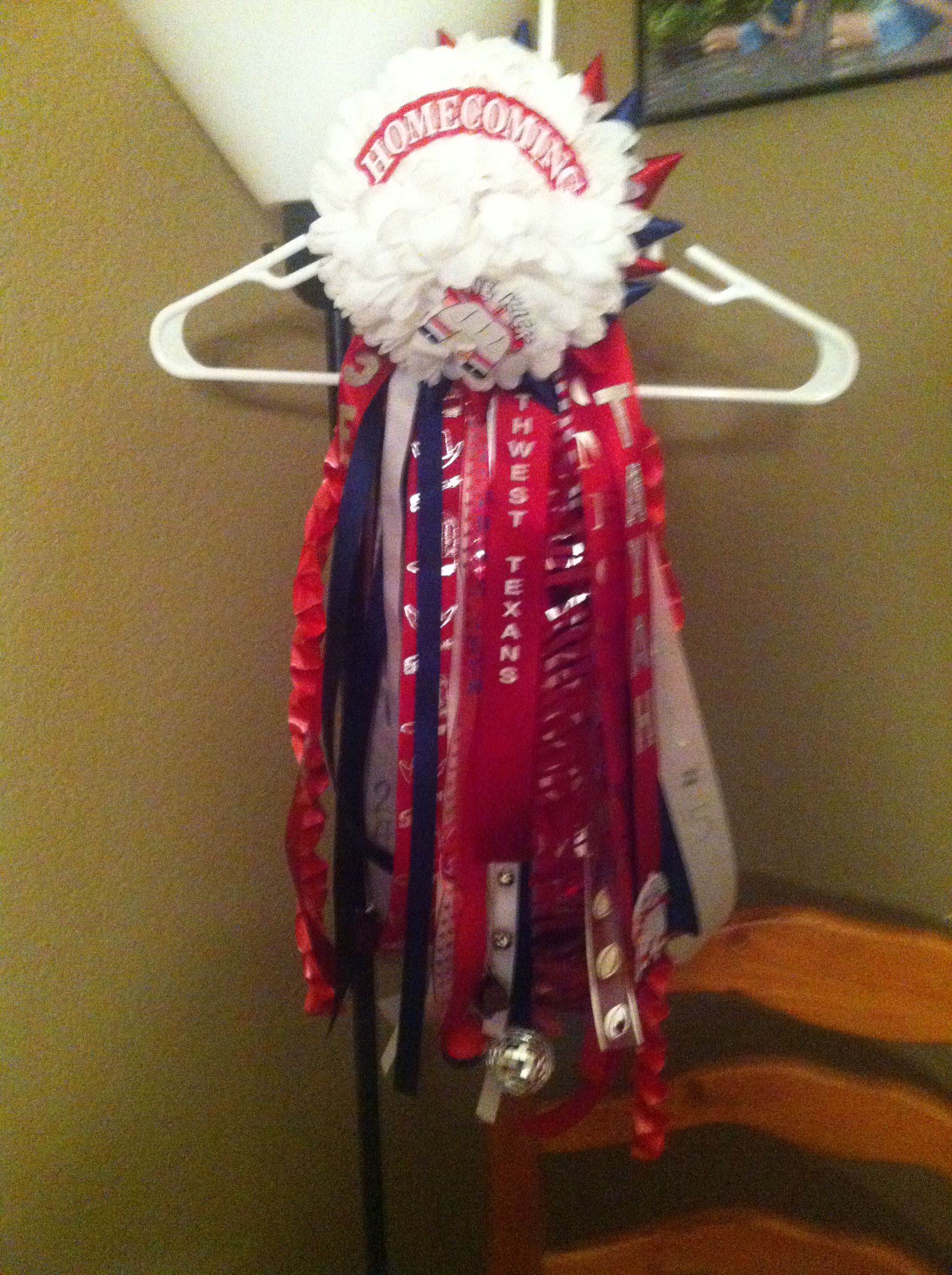 Tayah's boyfriends garter from 2012! Not completely finished with! I hope Seth likes it!!!!