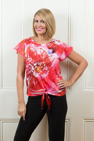 Cafe Red Flower Nothing Says Summer More Than A Cool Paper Print Tee This Amazing Manufac Clothes For Women Womens Clothing Stores Fashion For Women Over 40