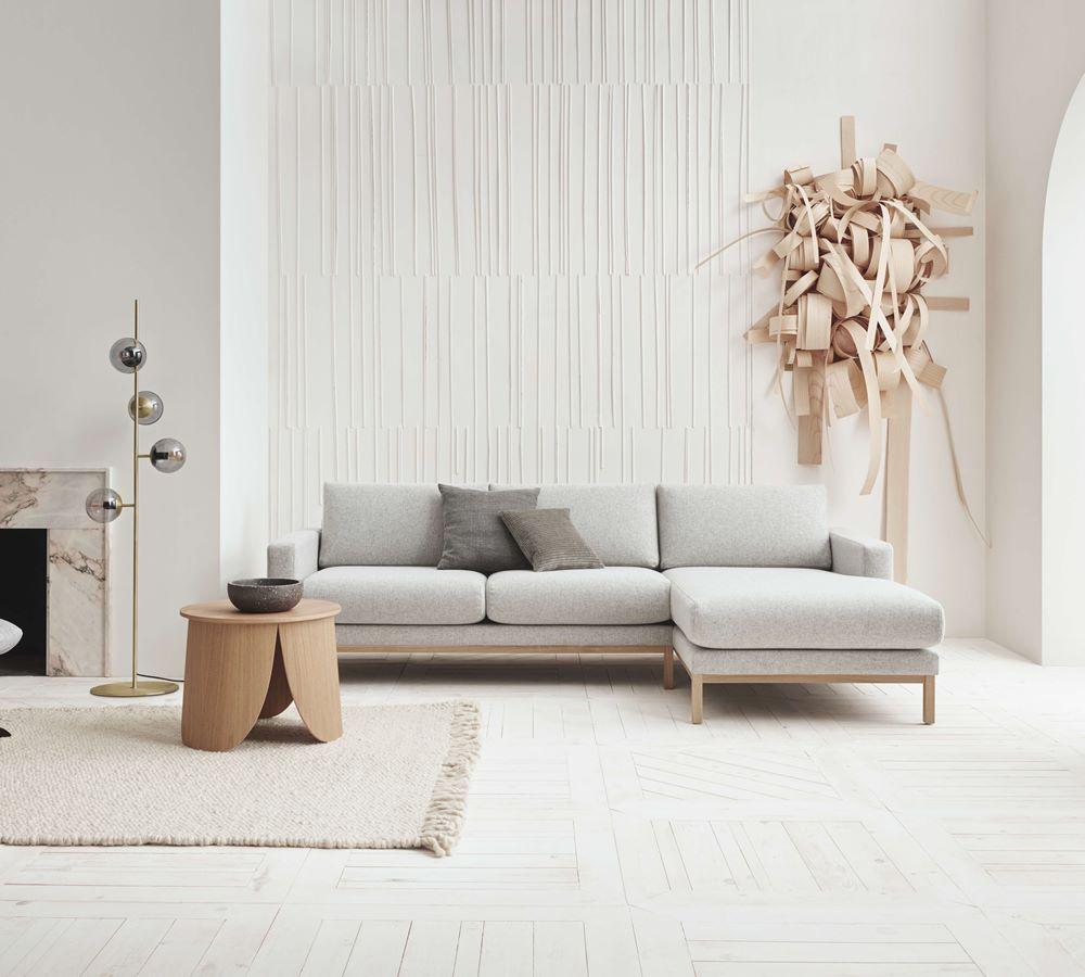 New Scandinavian Design Source By Ikinzo In 2020 Scandinavian Sofas Sofa Design Living Room Interior