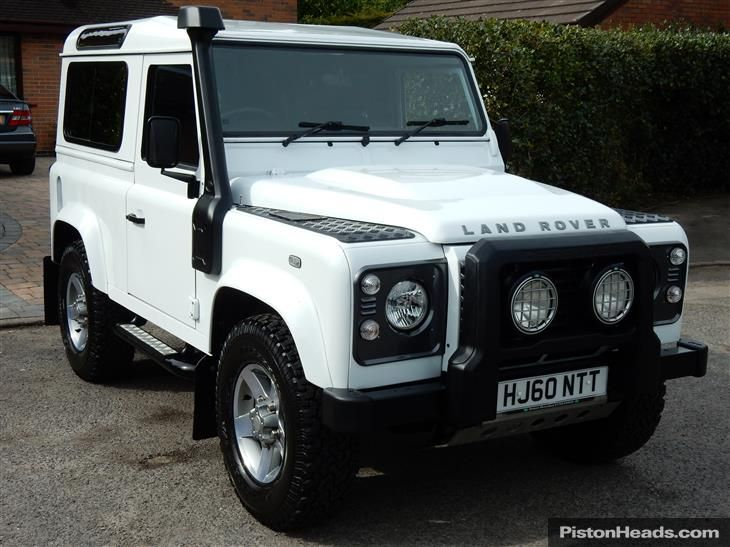 2010 60 Land Rover Defender 90 2 4tdci Xs Station Wagon Only 32 000 Miles Immaculate Land Rover Defender Land Rover Defender Car