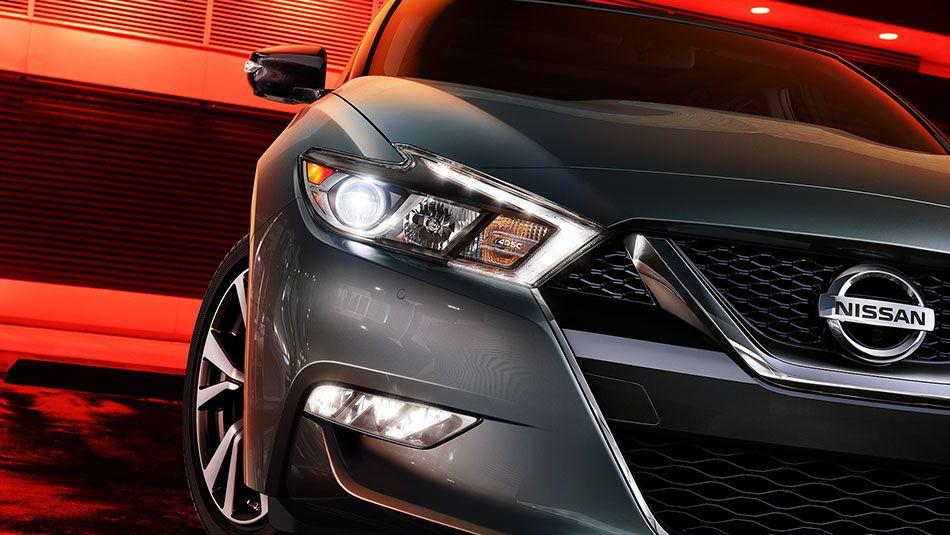 Under the Maxima s hood beats the heart of the Nissan s legendary