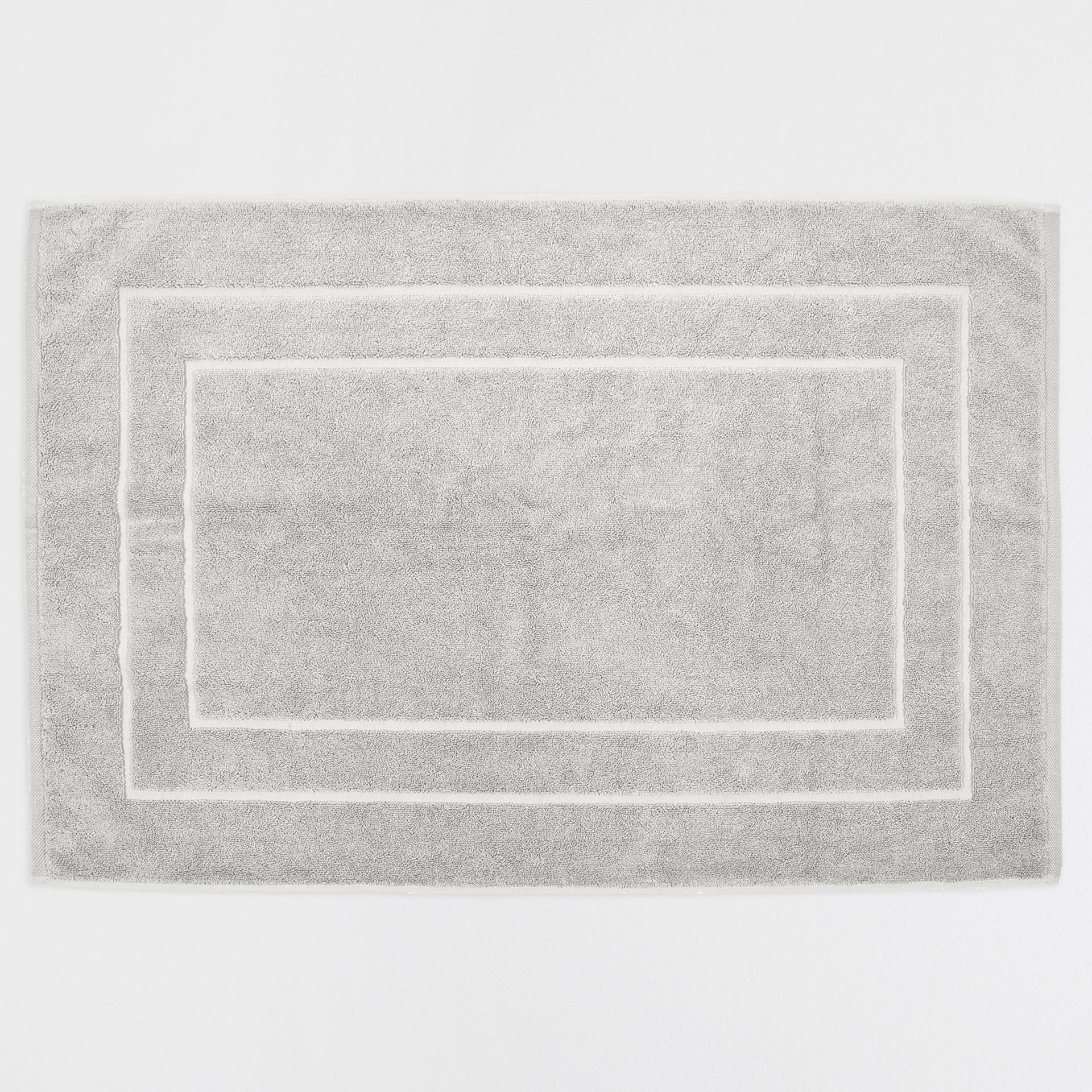 Premium Quality Light Grey Bath Mat Grey Baths Bath And - Quality bath rugs for bathroom decorating ideas