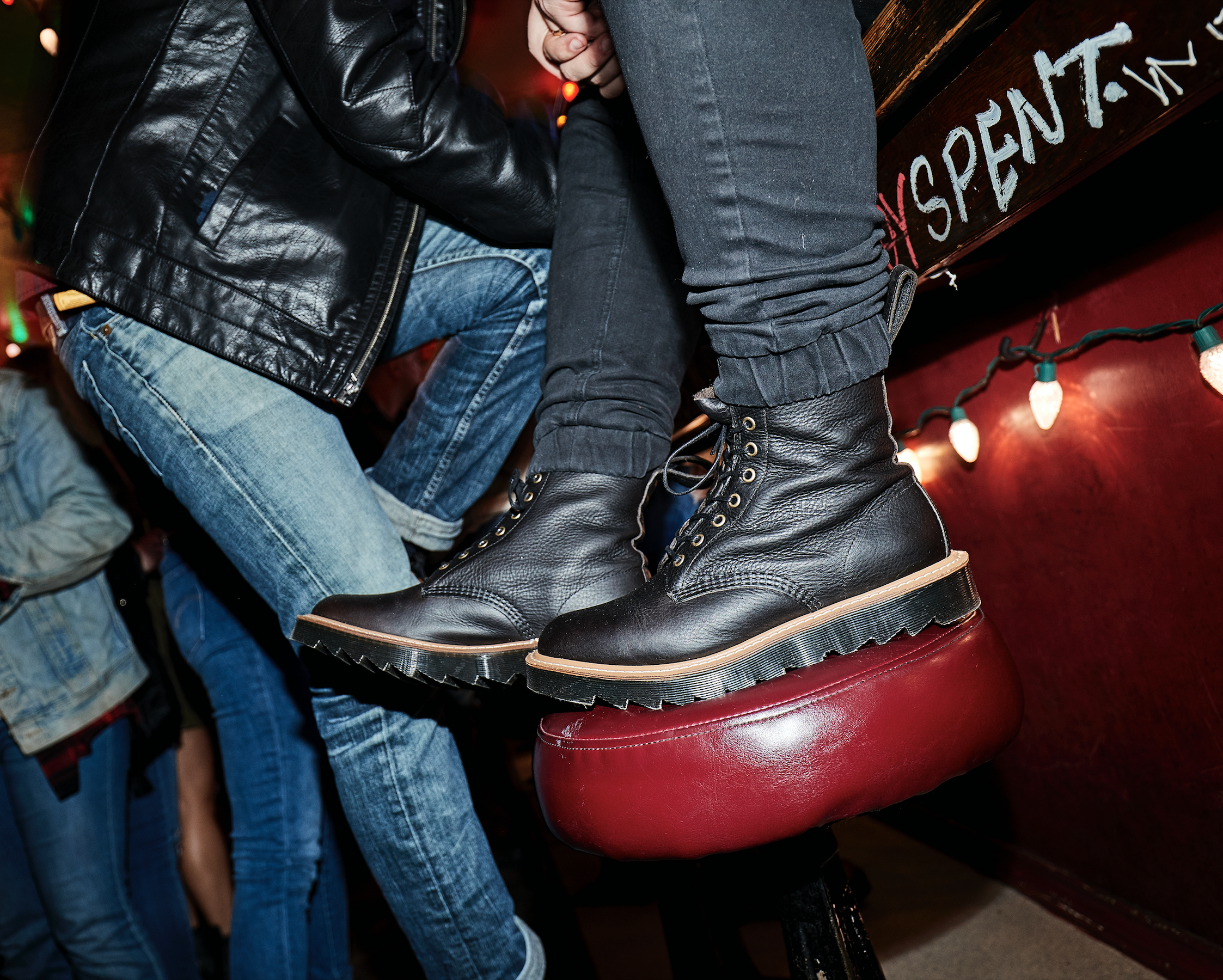 7cc8354cf10 Pascal Ripple Doc Martens, Dr Martens Boots, Martens Style, England  Fashion, Young