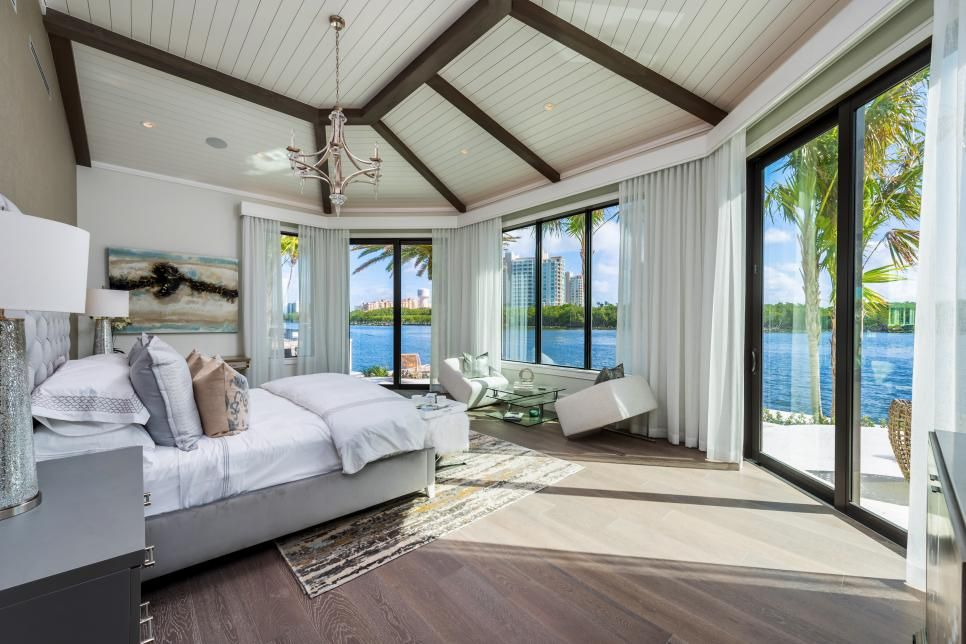 Tour A Luxurious Oceanfront Mansion In Gulf Stream Fla Hgtv Com S Ultimate House Hunt 2015 Hgtv Waterfront Homes Huge Bedrooms Home