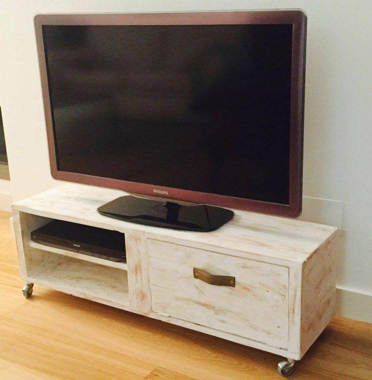 Mueble de palet para la televisi n palets pinterest - Muebles para la tele ...