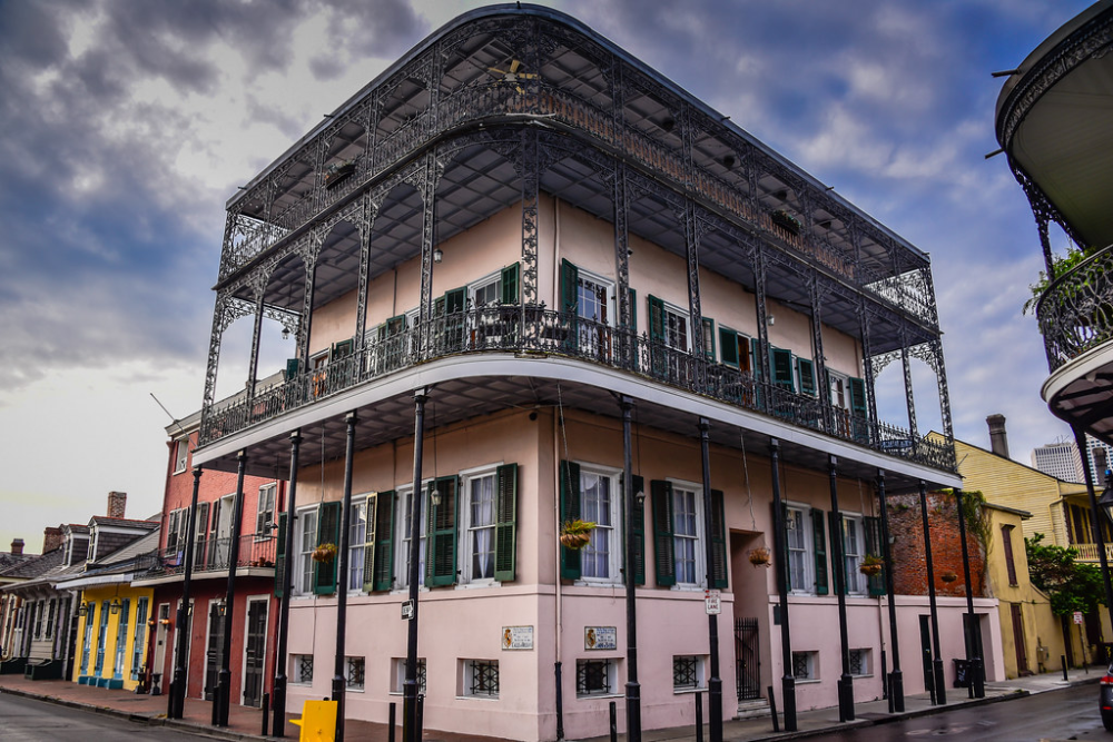 The Sultan's House - The Gardette-Laprete House - Haunted House in French Quarter New Orleans LA | New orleans travel, Orleans, House styles