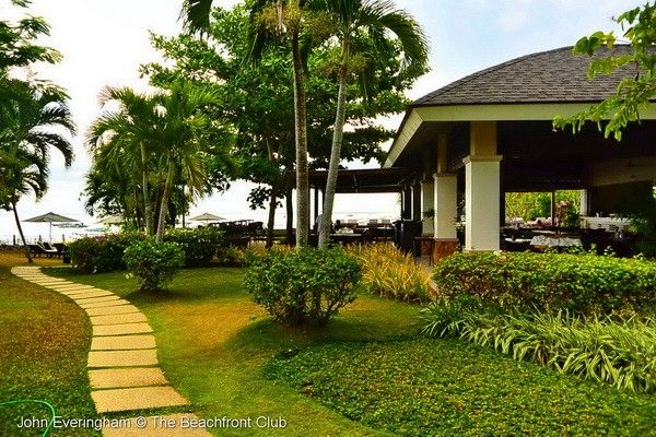 Amorita Resort - it means 'little darling' in the local dialect – sits on the small headland at the east end of the beach, the most exalted, elevated position that gives it a grand view right over and along Alona beach. # http://thebeachfrontclub.com/beach-hotel/asia/philippines/panglao-island/alona-beach-east/amorita-resort/