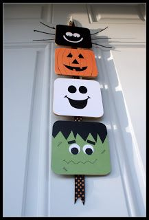 Halloween door hanger made with coasters. Cute and an easy DIY project. & □ Obsessively Crafting... Halloween door hanger - spider pumpkin ...