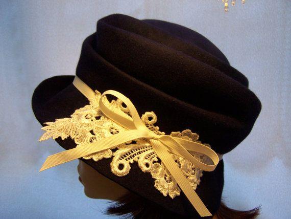 Stile Navy Cloche1920s falda di cappello di MixedMediabyBridget