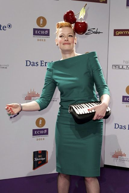 Enie van de Meiklokjes Cute HQ Photos at Echo Awards 2012German TV Presenter…